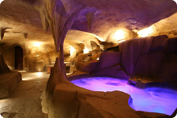 hot-tub-in-a-cave